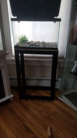 Fish tank for Sale in Meriden, CT
