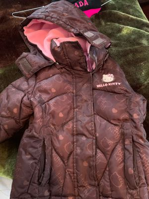 Coat hello kitty for gels size 2T for Sale in Providence, RI