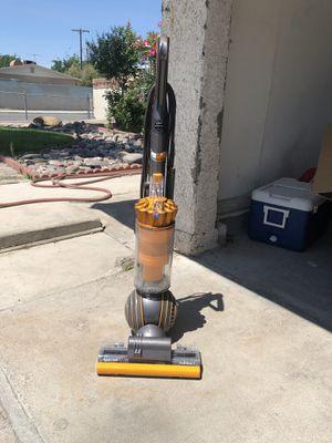 Dyson multi floor 2 vacuum for Sale in Las Vegas, NV