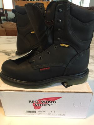Red wing work boots/ steel toe size 8 men's for Sale in Aliso Viejo, CA