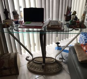 Glass table for Sale in Miami, FL