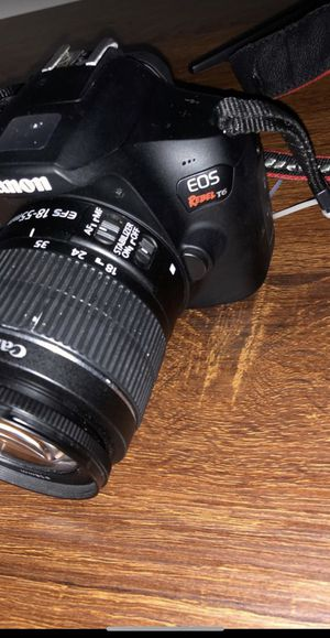 Canon (OES Rebel T6) includes original box and everything for Sale in Rocky Hill, CT