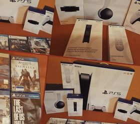 PS5 Disc Version Brand New +6 Games for Sale in San Angelo,  TX