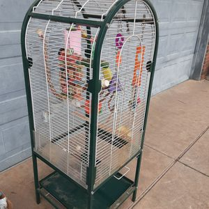 White With Green Trim Birdcage for Sale in Oklahoma City, OK