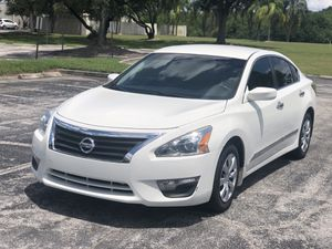 EXTRA CLEAN 2015 NISSAN ALTIMA for Sale in Clearwater, FL