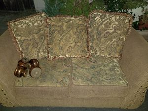 Free loveseat couch. Pick up please in Poway for Sale in Poway, CA