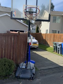 Basketball Hoops Free for Sale in DuPont,  WA