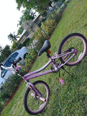 "Bike size 20"" for Sale in Pompano Beach, FL"