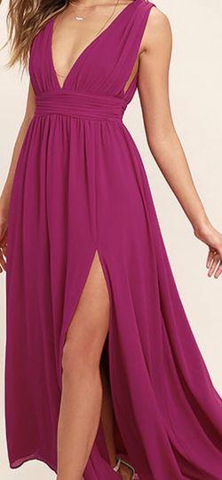 Lulu's Fuschia maxi Dress Size Large for Sale in Tigard,  OR