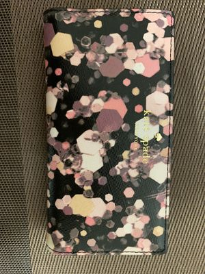 AUTHENTIC KATE SPADE FLORAL WALLET for Sale in Brooklyn, NY