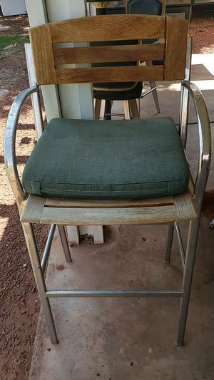 Outdoor Metal and wood chairs for Sale in Las Vegas, NV