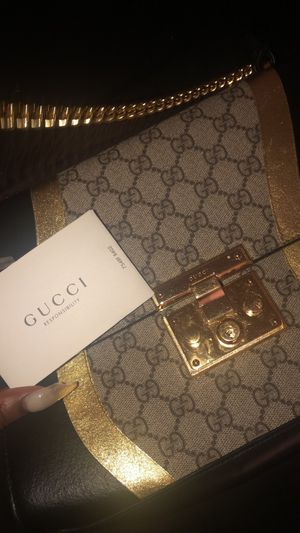 e1a887f39c373a Gucci purse/handbag for Sale in Wichita, KS