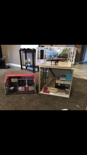 Doll house & dolls for Sale in Riverside, CA