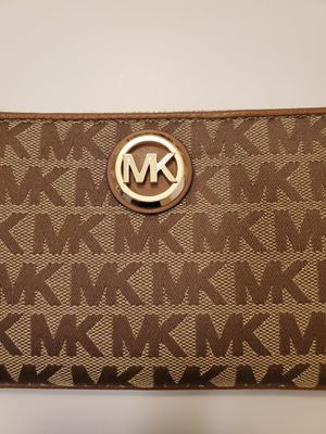 Michael Kors Wallet ( with tags) for Sale in Los Angeles, CA
