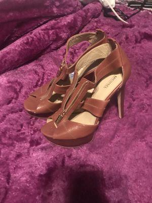 Michael kors high heels 8 1/2 for Sale in Dallas, TX