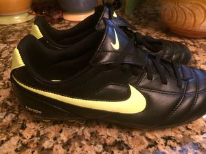 Nike Tiempo Cleats. Size 6 Brand New for Sale in Worcester, MA