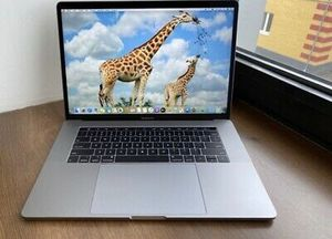 Used apple laptop for Sale in Adair, IA