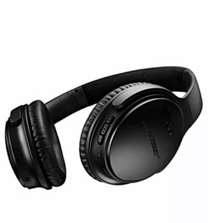 Bose QC35 noise cancellation excellent condition headphones for Sale in Milpitas, CA