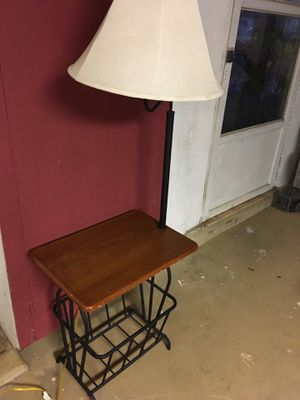 End table with lamp for Sale in Emmaus, PA