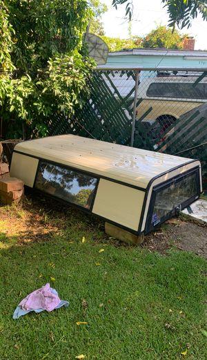 Aluminum (Leer) camper shell for Sale in Whittier, CA