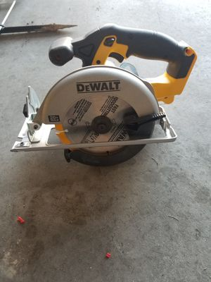 Dewalt 20v circular saw for Sale in North Las Vegas, NV