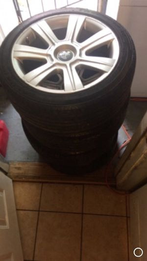 Bmw 2003 325i rims 5 lugs for Sale in Cleveland, OH
