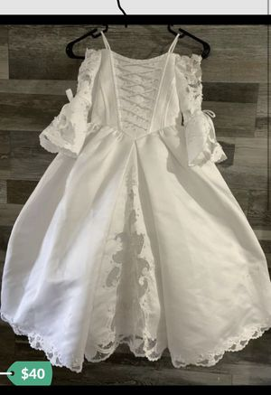 Flower girl dress size 4 for Sale in Tampa, FL