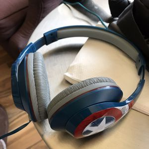 Captain america headphones for Sale in El Cajon, CA