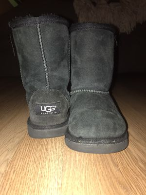 UGG Boots for girl size 12 for Sale in Mesquite, TX