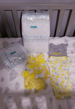 Diapers/Pañales Baby clothes for Sale in Grand Prairie, TX