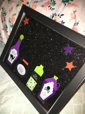 "8""x10"" Halloween themed framed craft for Sale in Pulaski, TN"