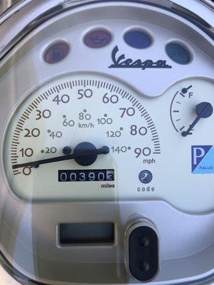 Vespa2009 Lx 150 390 miles for Sale in Riverside, CA