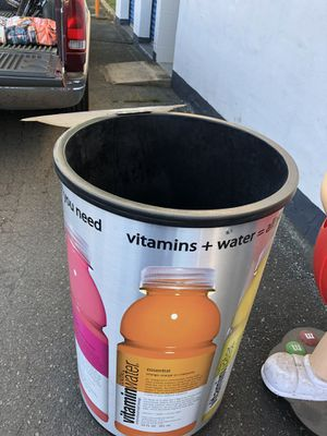 Large cooler for Sale in Charlotte, NC