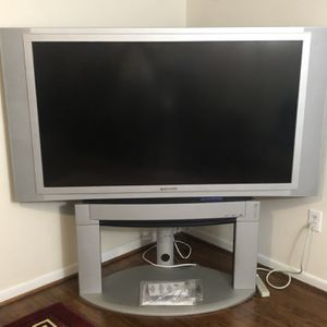 LARGE TV PANASONIC WITH TV STAND for Sale in Laurel, MD