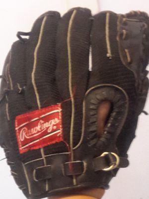 RAWLINGS Baseball Glove black for Sale in Miami Beach, FL