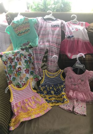 7 pc set 6/9 months girls clothes for Sale in Greenville, MS