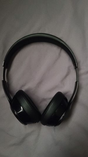 Solo beats wireless 3 for Sale in District Heights, MD