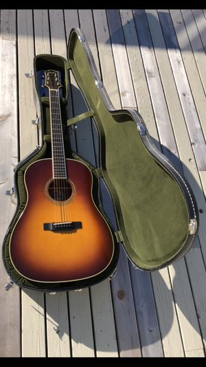 Collings Guitar Model CJ M 2010. $8500 new. Owned by Simon Kirke of Bad Company.Spruce top/mahogany back&sides $5,000 for Sale in New York, NY