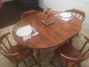 All wood kitchen table and 4 chairs for Sale in Hattiesburg, MS