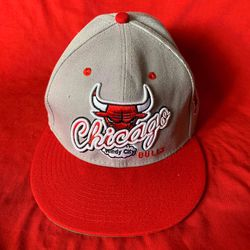 Men's NBA Bulls SnapBack Hat for Sale in Casa Grande,  AZ