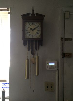 Lovely antique wall clock for Sale in Bridgeton, MO