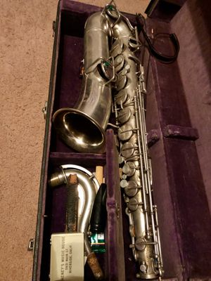 """VINTAGE Buescher """"C-Melody"""" Saxophone *Rare* for Sale in Perris, CA"""