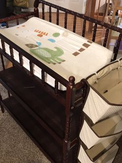 Changing Table For Babies, Infants for Sale in Port Orchard,  WA