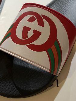 Brand new Gucci Slides w box 6 men 8 women for Sale in Hillsboro,  OR