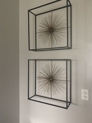 """Wall metal sunburst !!! 2 - 20"""" x 20"""" for Sale in Vancouver, WA"""