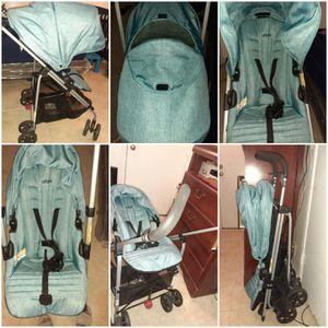 Urbini reversi stroller for Sale in Irwindale, CA
