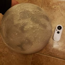 AWESOME MOON LIGHT WITH REMOTE! for Sale in Queen Creek,  AZ