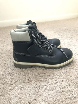 Used Timberland Boots Size 6 Men's/ 8 Women's for Sale in Rockville, MD