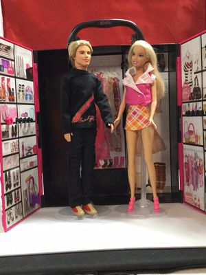 Vintage Barbie Carrying case, Ken with hair, Barbie doll for Sale in Tampa, FL