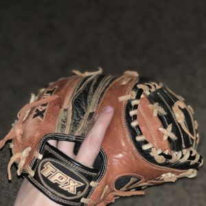 Louisville TPX Omaha Youth Catchers Glove for Sale in Chandler, AZ